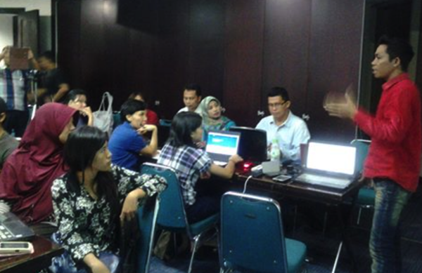 sb1m surabaya kelas internet marketing